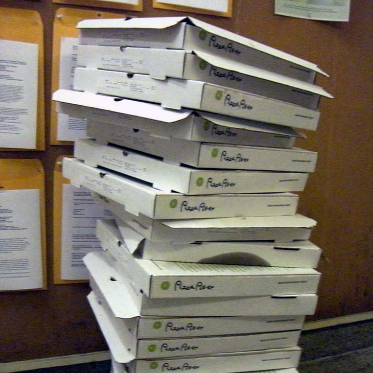 Unsoiled pizza boxes mulch